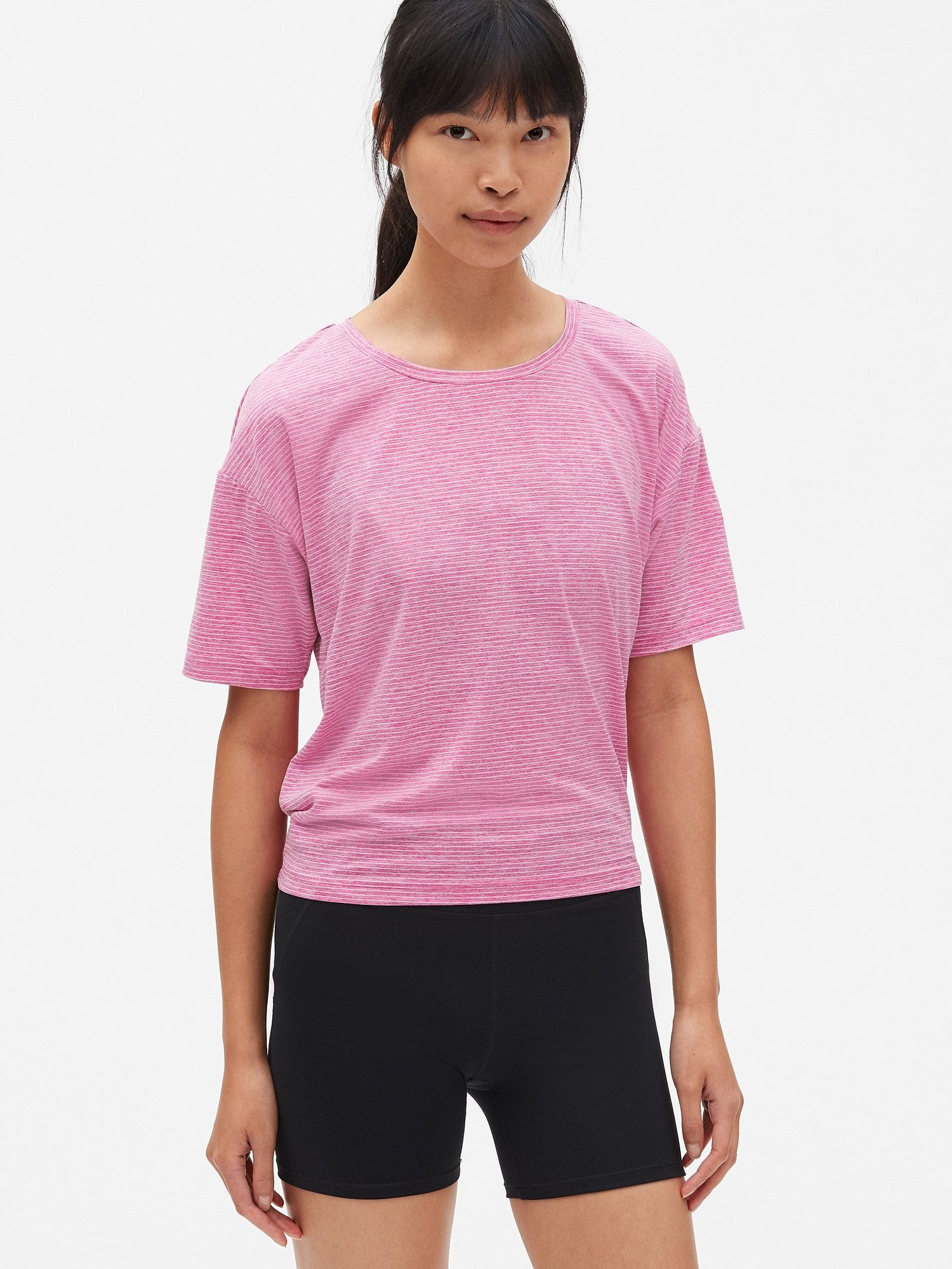 0dd161b822f1 The Best Stores To Buy Cheap Workout Clothes For Women