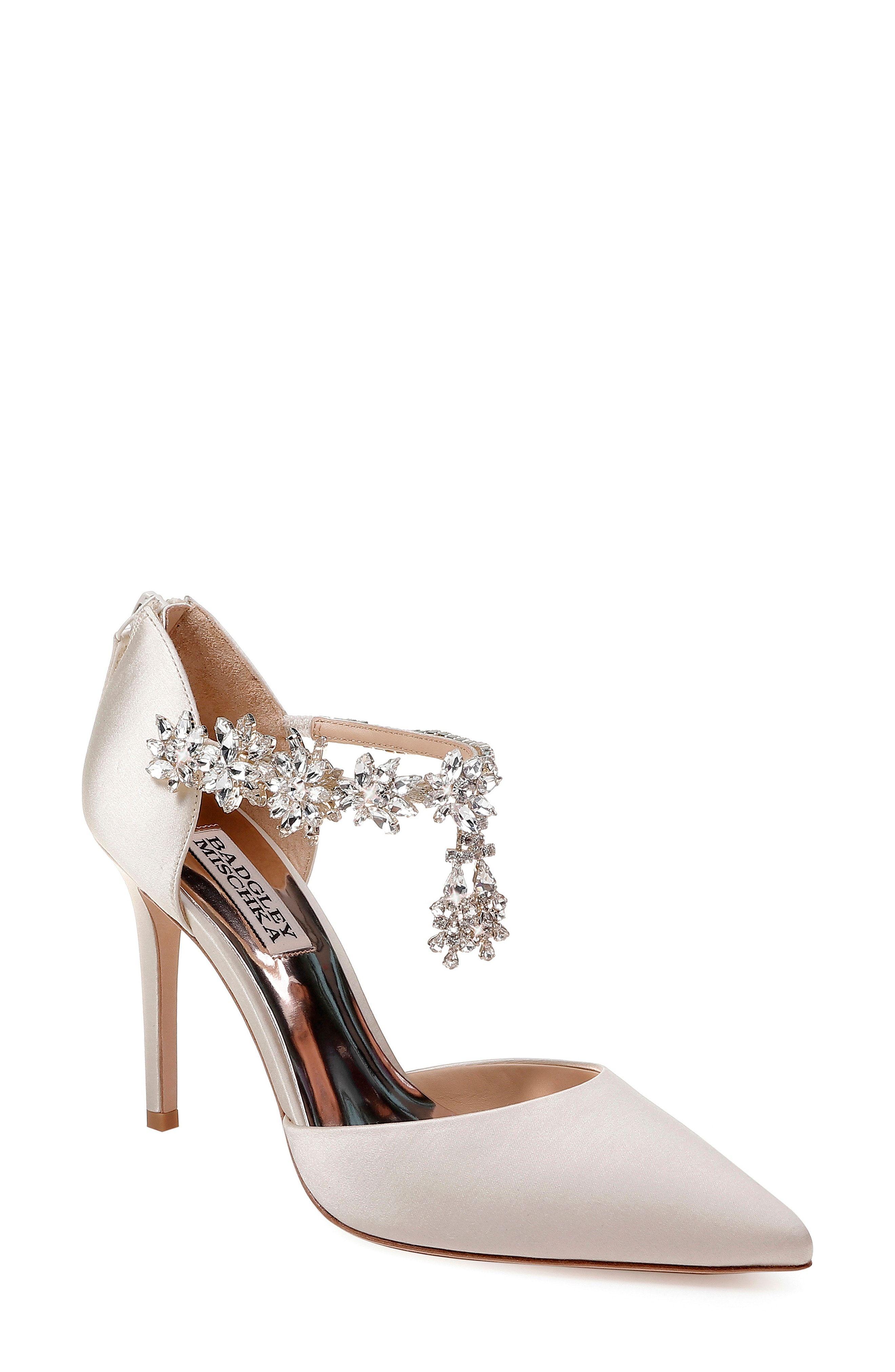 ca1dbd681 12 Most Comfortable Wedding Shoes