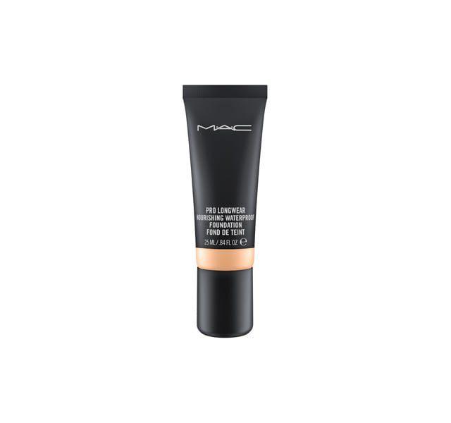 4738bcddea3 Best Waterproof Makeup 2019 - Sweat-Proof Summer Makeup Products for the  Beach