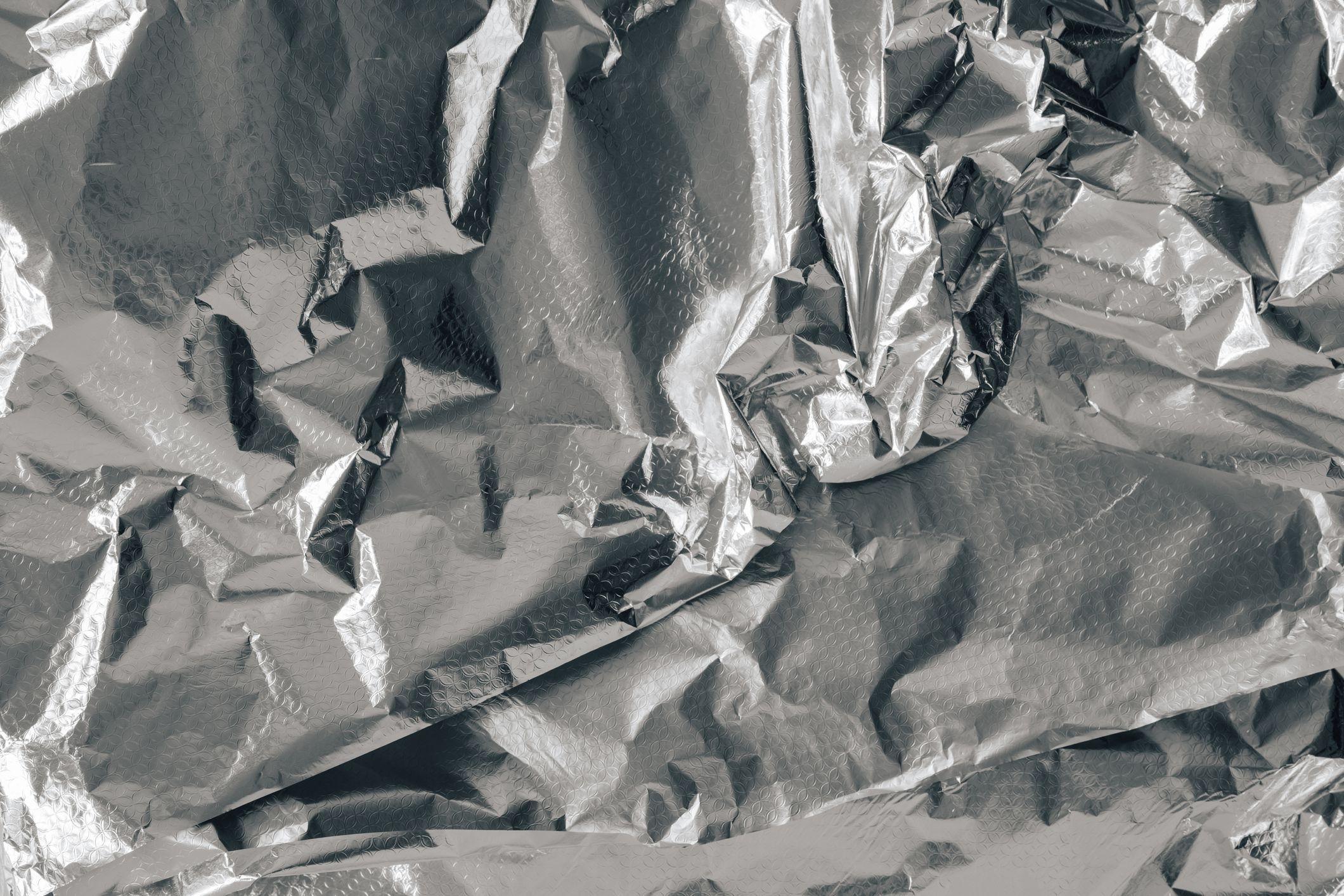 Envuelva el papel de aluminio