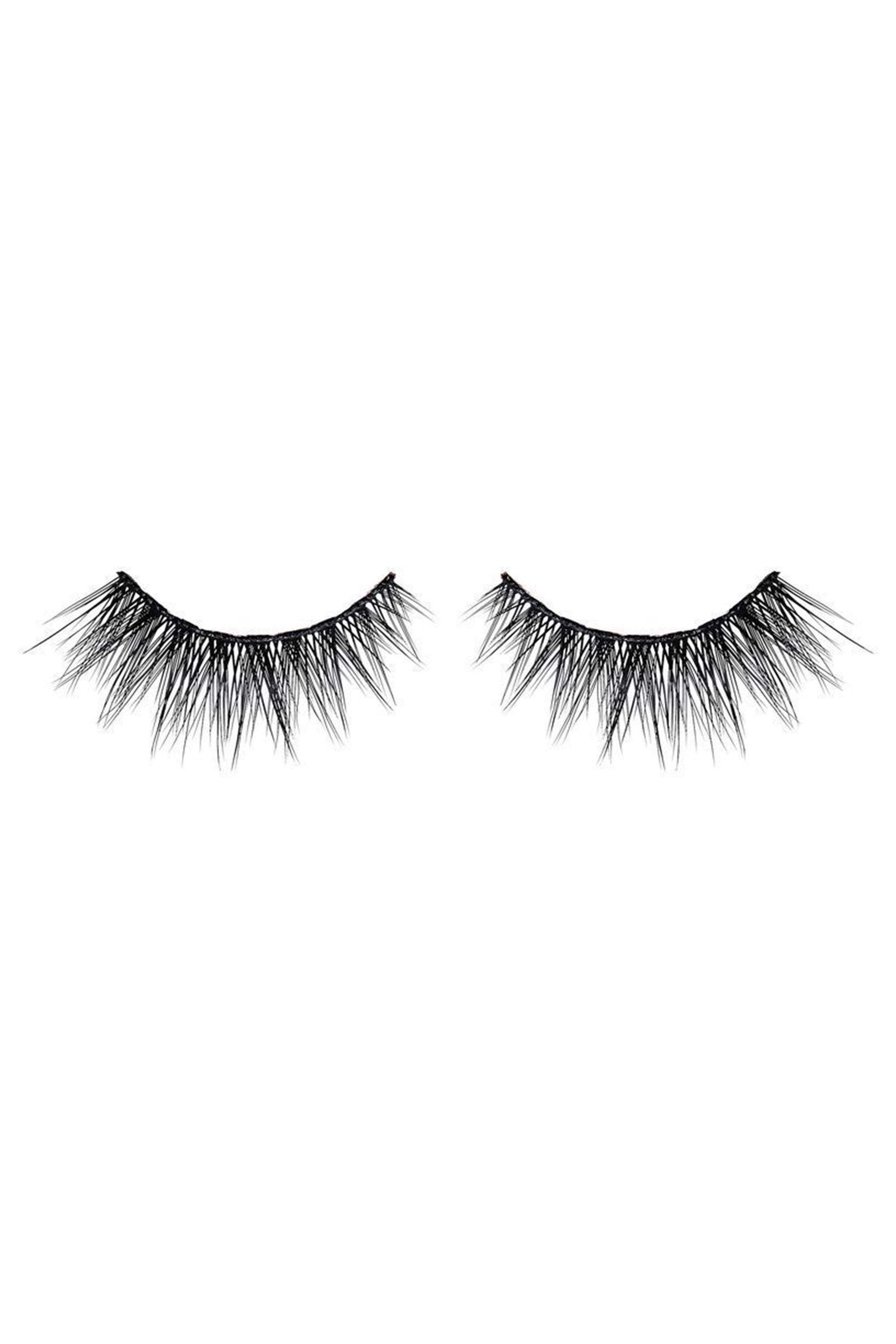 0d96b88821c The Best Fake Eyelashes of 2019 - 11 False Lashes That Look Real