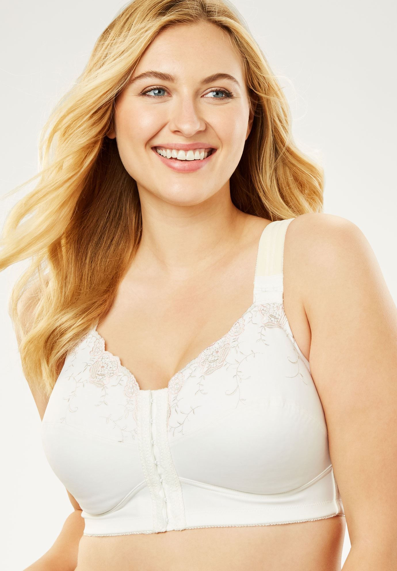 2fde282e23a 20 Best Plus-Size Bras — Bras for Bigger Busts