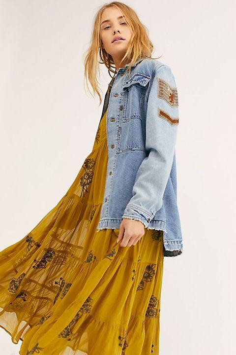 398a9189585 18 Cute Denim Jacket Outfits for Women - Best Jean Jackets 2019
