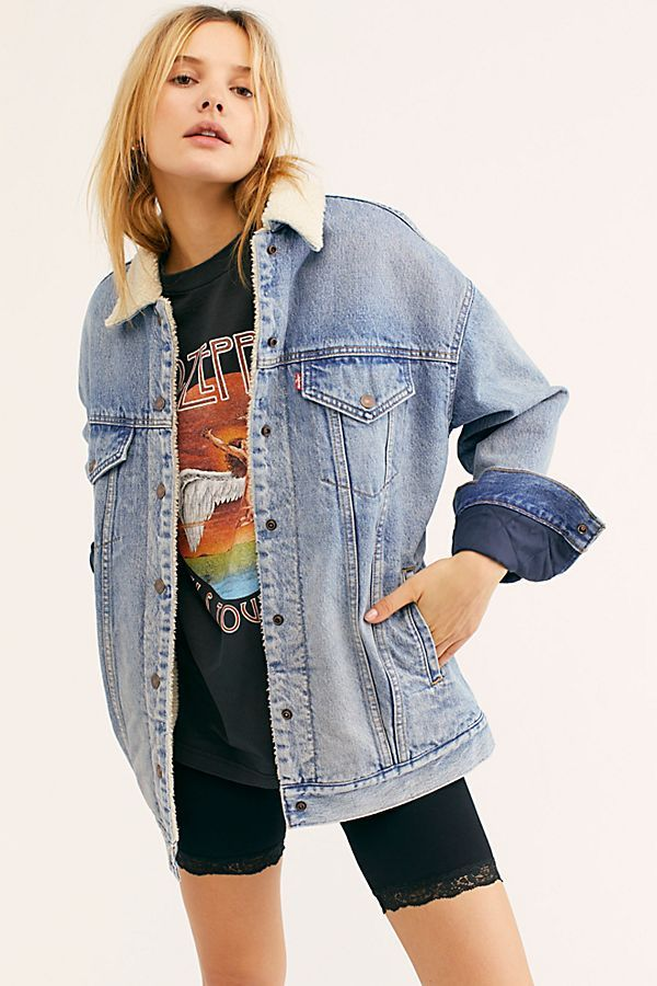 6af7250cce 18 Cute Denim Jacket Outfits for Women - Best Jean Jackets 2019