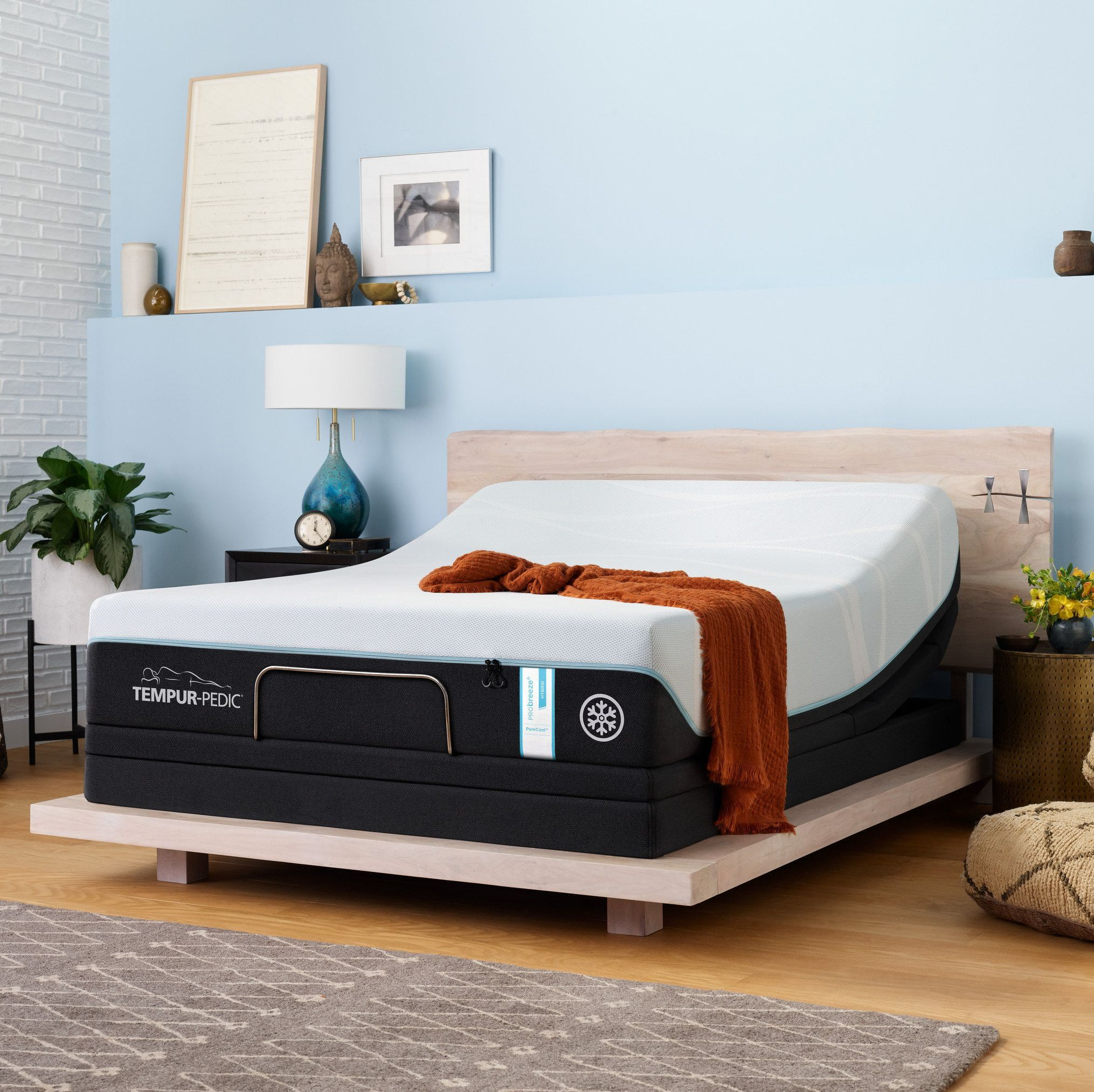 Everything You Need To Know Before Ing The Tempur Pedic Luxebreeze Mattress
