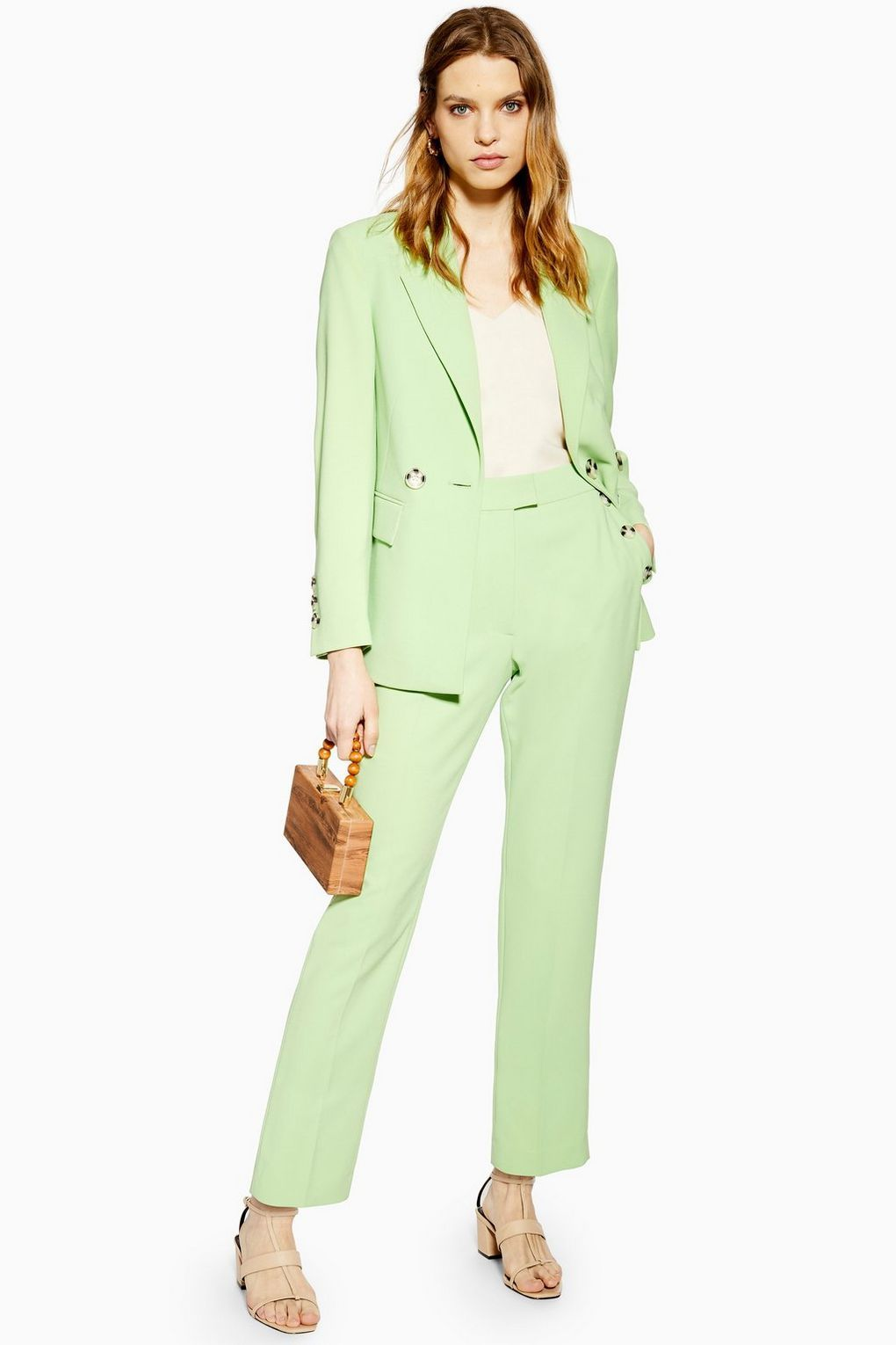 8dc4c2652f07 What to Wear to a Wedding 2019 - Wedding Fashion Dos and Don'ts