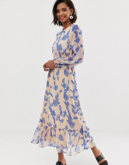 9271b4f1a4b97 25 Summer Wedding Guest Dresses for 2019 - What to Wear to Summer Wedding