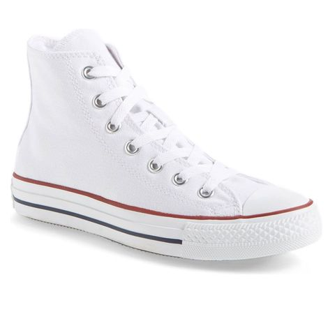 los angeles 0cb55 70c78 16 Best White Sneakers for Women in 2019
