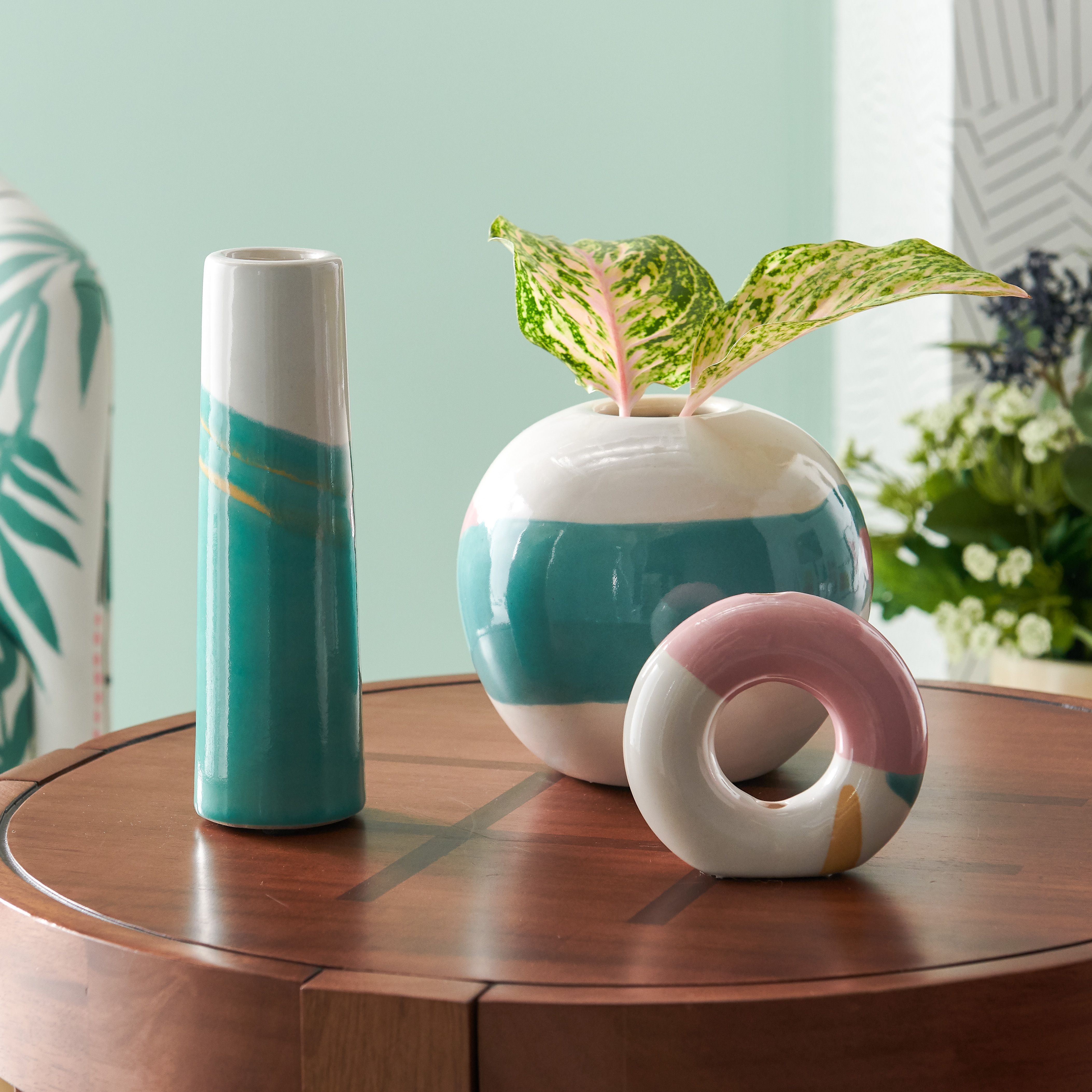 Abstract Vase Set Drew Barrymore Flower Home walmart.com $39.00 SHOP NOW For the artsy mom, these abstract vases (from Drew Barrymore's home collection, btw) will instantly elevate the look of any room. Even, yes, your childhood bedroom...