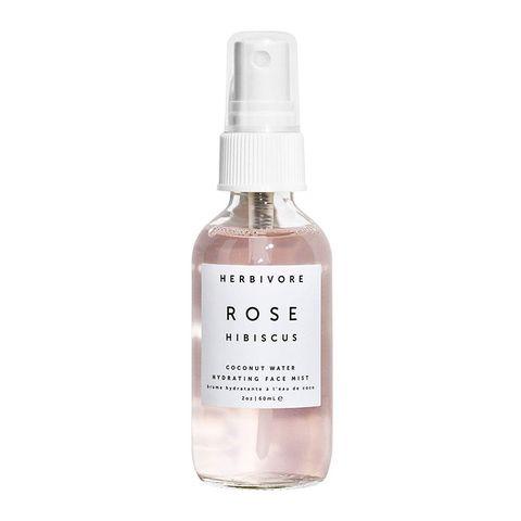 brumes-hydratation-rafraîchissante- peau sèche-pour le visage-été-été 2019-soin de la peau-bronzez-hydrater la peau-soleil-peau sèche