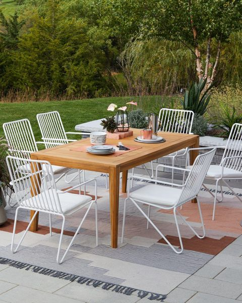 Enjoyable How To Prep Your Deck For Outdoor Entertaining Gmtry Best Dining Table And Chair Ideas Images Gmtryco