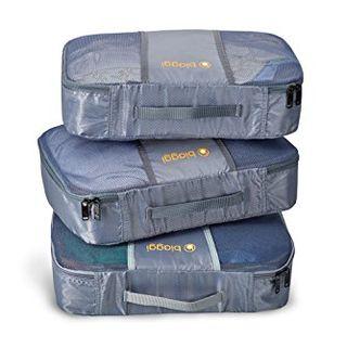 Cubes de rangement et sac à linge
