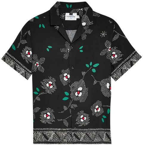 83f58e4f 12 Best Hawaiian Shirts For Men 2019 - Stylish Aloha Shirts for Men