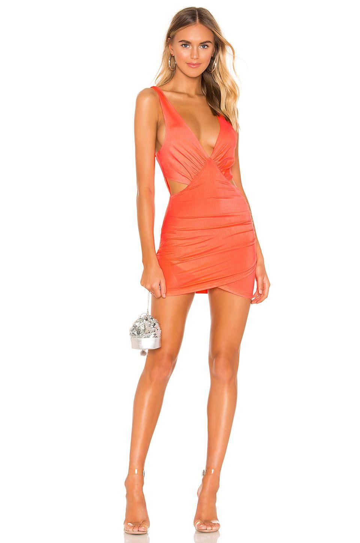 3b49ede582dc Kylie Jenner wears naked orange dress