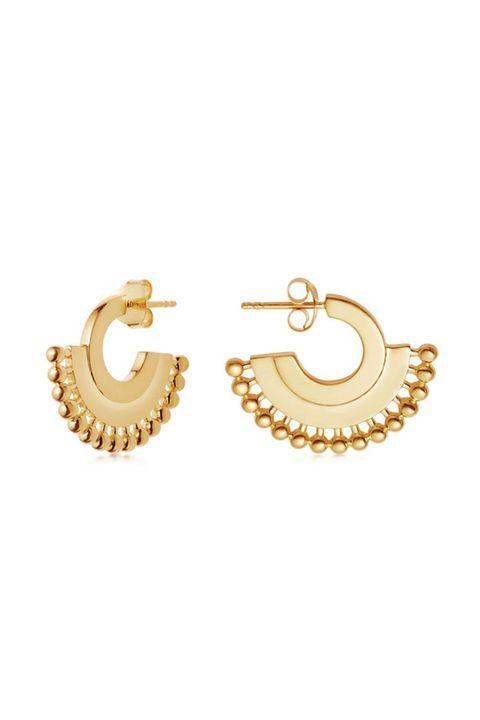 e8b4dd7871bf44 26 Best Jewelry Brands — Cute Jewelry Brands to Shop Now