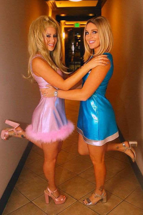 '90s Costumes for Halloween - Outfit Ideas Inspired by the ...