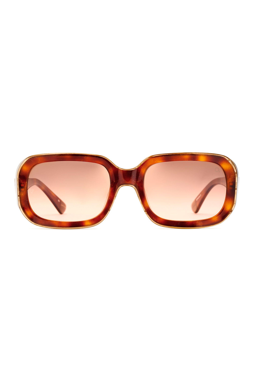 4b3c7e61bed3 Best Sunglasses for Your Face Shape 2019 - Designer Sunglasses for Women