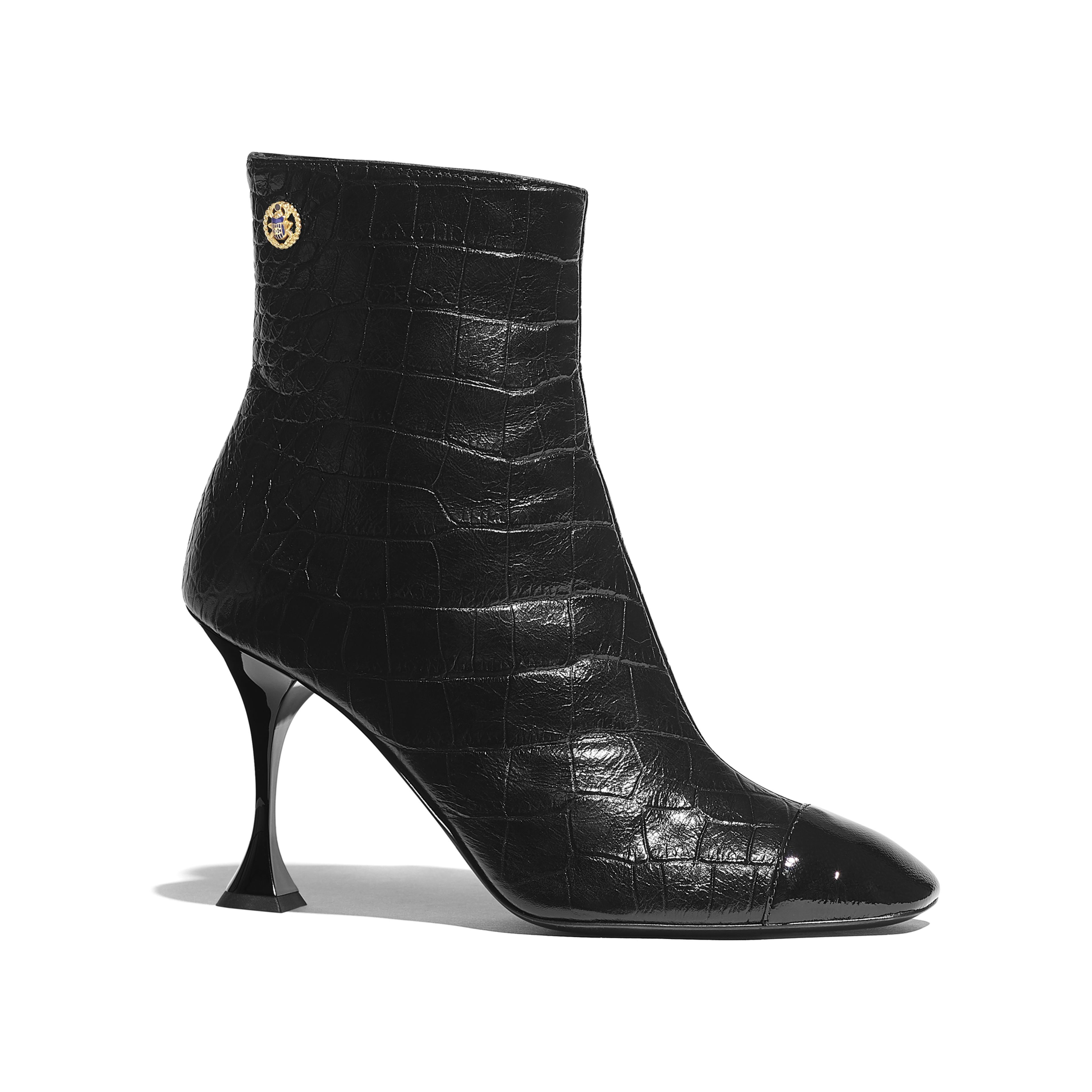 1768f68cdf50 23 Best Fall Boots for Women - Cute Fall Boots for Every Budget