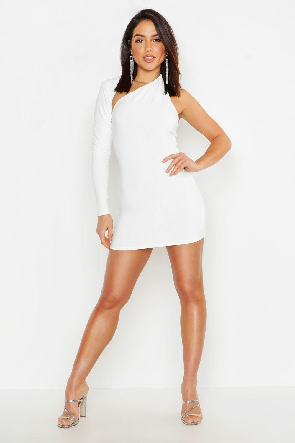 e23d65a899 Love Island fashion: what are the contestants wearing tonight?