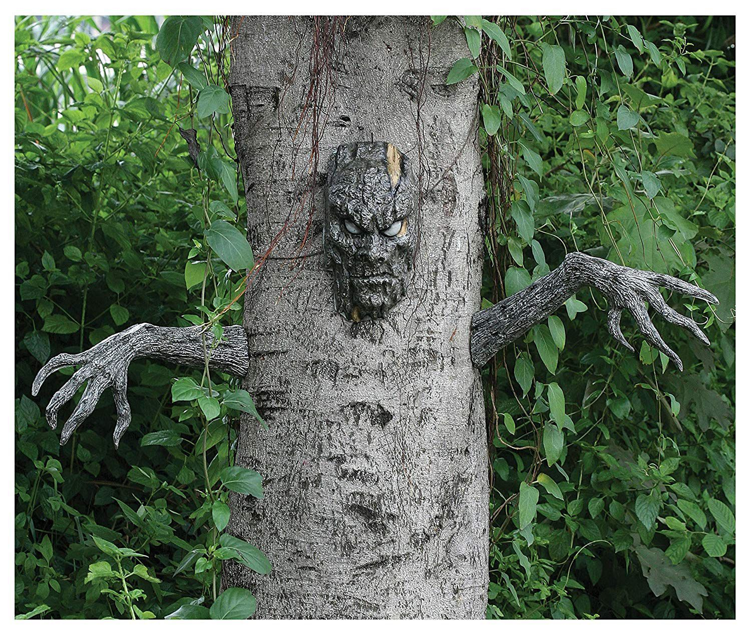 Spooky Living Tree Decoration