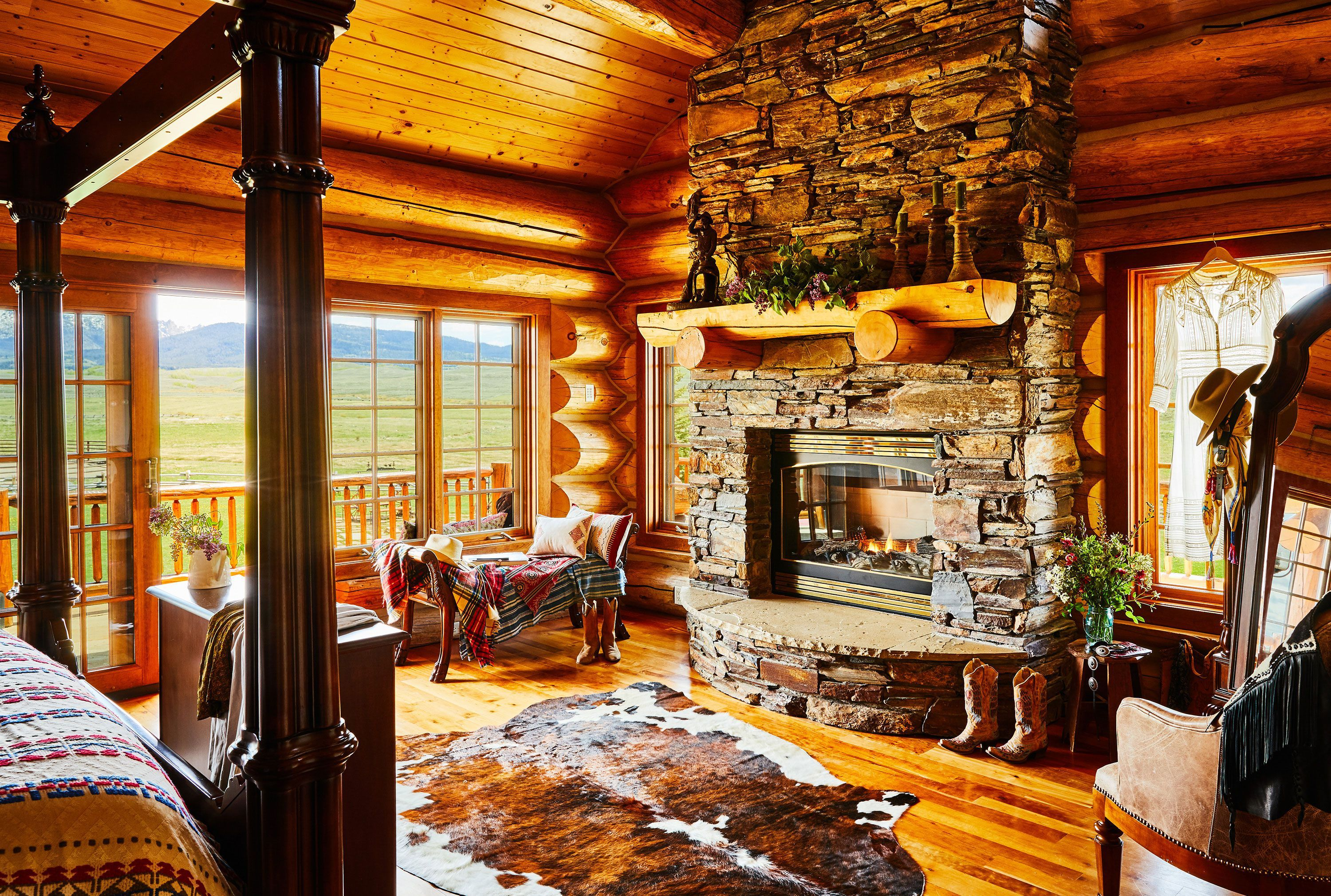 The Ultimate Guide To Infusing A Western Chic Vibe Into Your Home