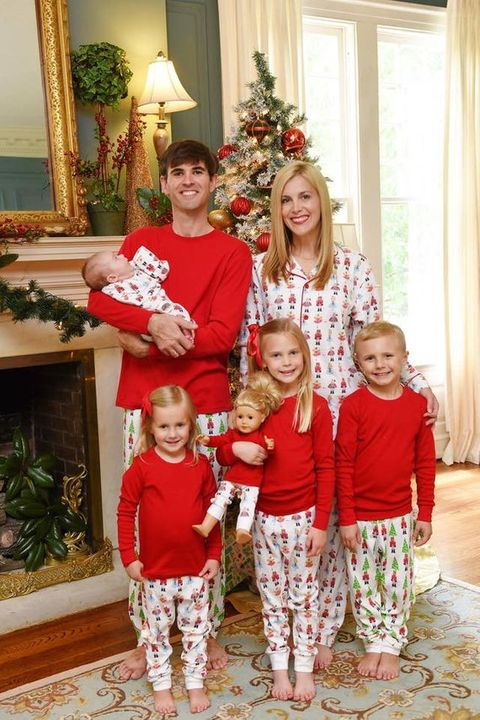 Family Christmas.26 Cute Matching Family Christmas Pajamas