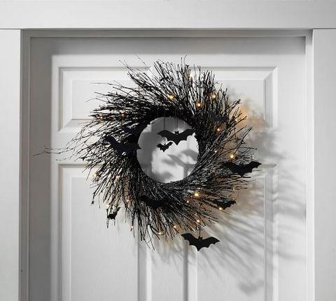13 Best Halloween Wreaths for Fall 2020 - Festive Halloween Door Decorations