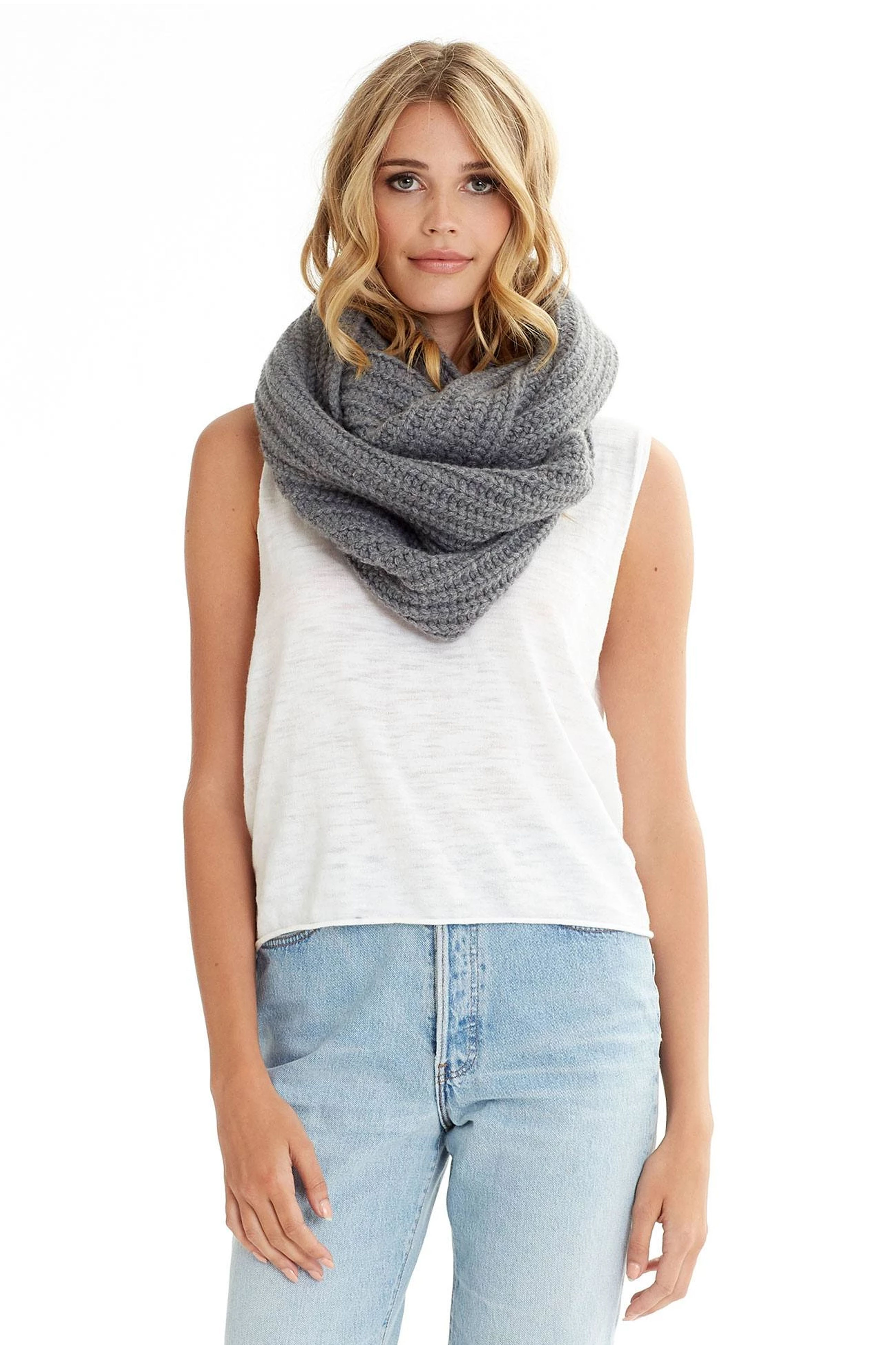 15 Best Fall Scarves For Women 2020 Warm And Stylish Scarves
