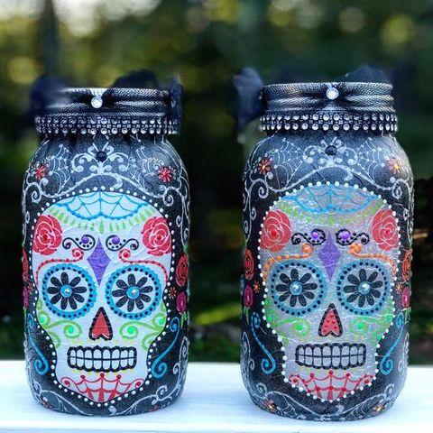 17 Halloween Mason Jar Ideas You Ll Love Cool Halloween