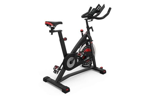 10 Best Cardio Machines, According To Certified Trainers