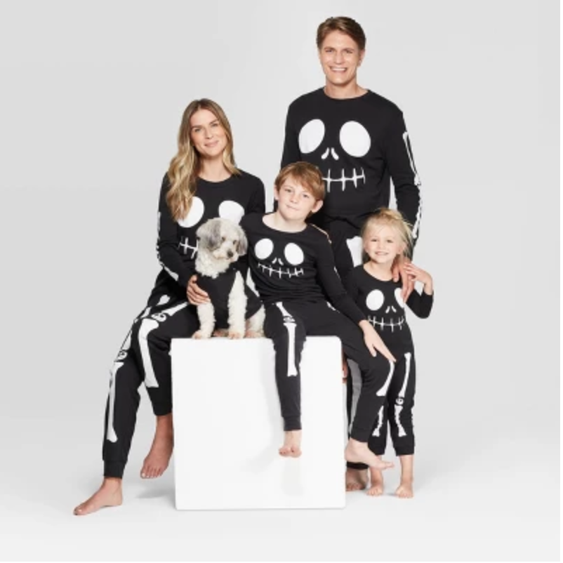 Target S Matching Halloween Family Pajama Set Is Too Cute