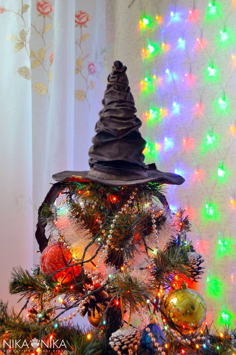 Redneck Christmas Lights.Sorting Hat Tree Topper