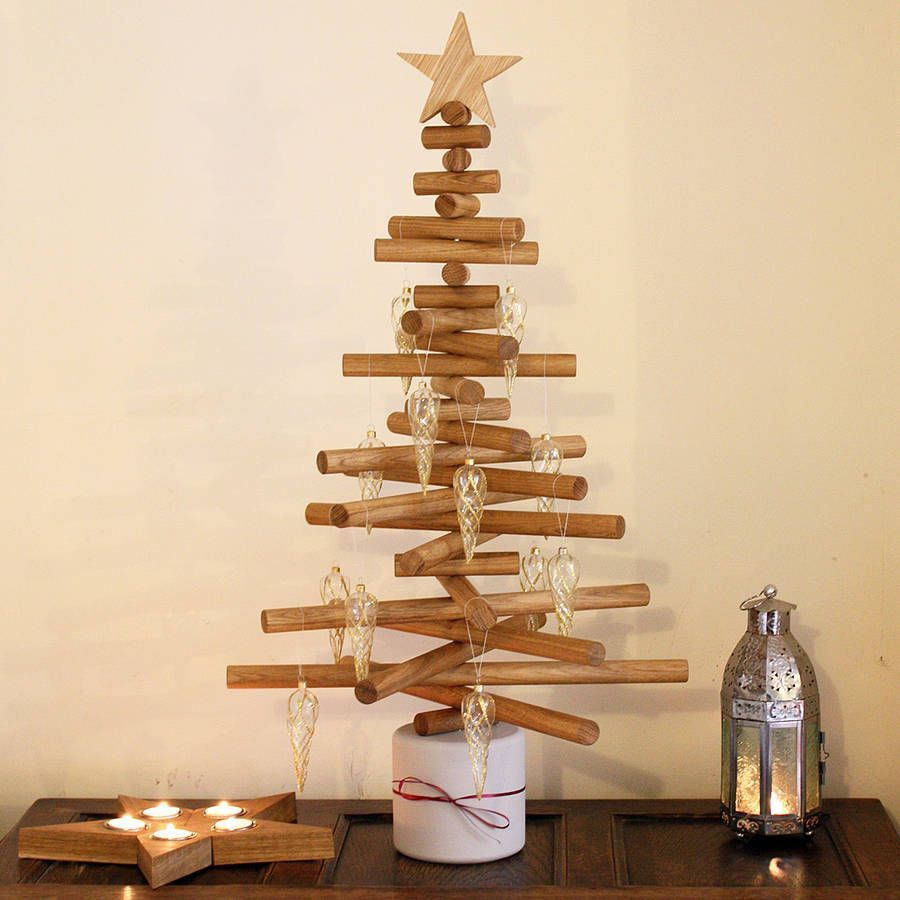 9 Wooden Christmas Trees To This