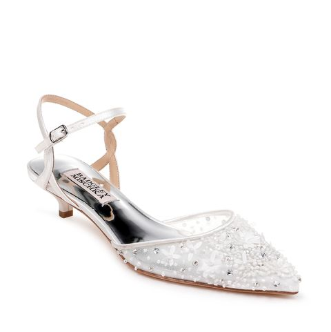 12 Best Comfortable Wedding Shoes According To Podiatrists