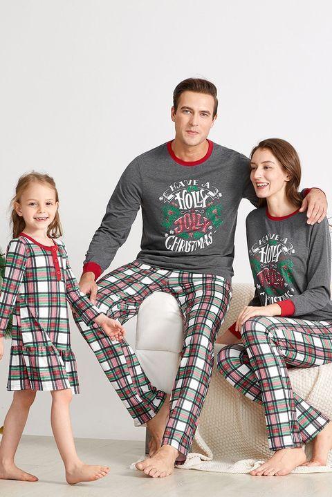 Family Christmas Pajamas.25 Best Matching Family Christmas Pajamas 2019 Funny