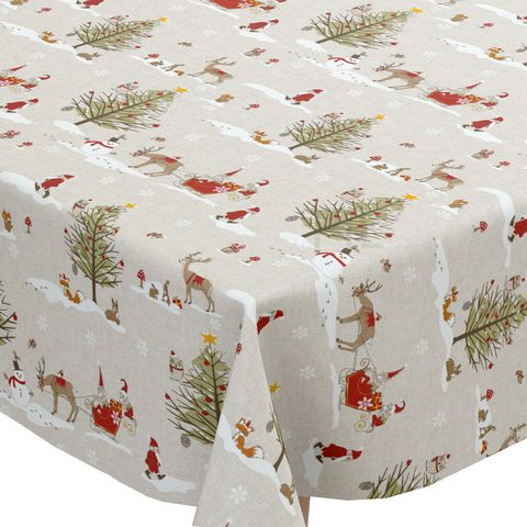 Best Christmas Tablecloths For A Truly Festive Table Setting