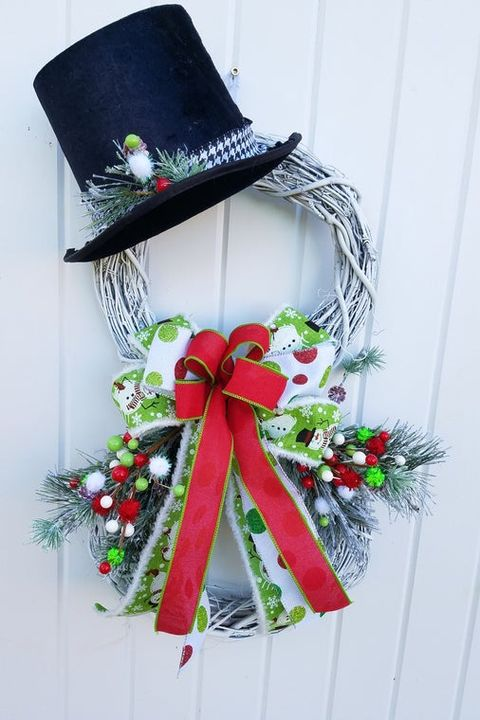 22 Christmas Door Decorations 2019 How To Decorate Your