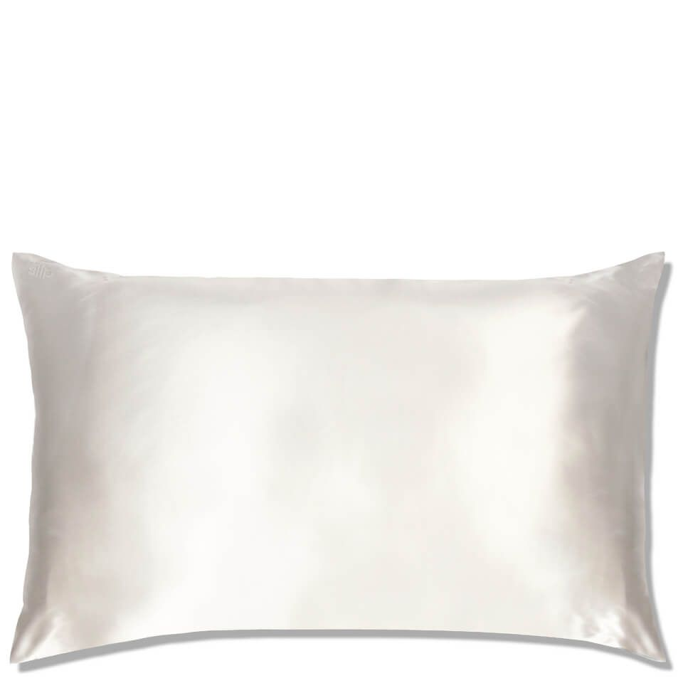 Queen's House Pillowcases White Pillow
