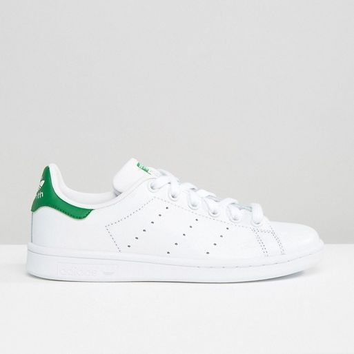 sneaks up stan smith
