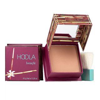 https://hips.hearstapps.com/vader-prod.s3.amazonaws.com/1581691332-Benefit_Cosmetics-Teint-Hoola.jpg?crop=1xw:1.00xh;center,top&resize=320%3A%2A