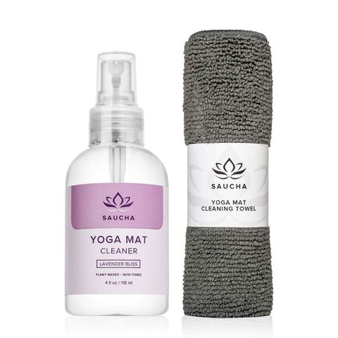 12 Best Yoga Mat Cleaners For 2020 Yoga Mat Cleaning Spray Wipes