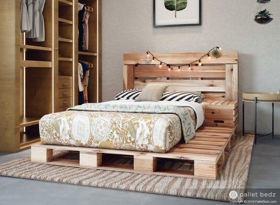 Verwonderlijk 10 Best Pallet Beds - DIY Bed Pallet Frames XD-75
