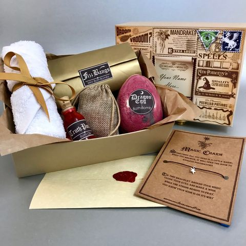 45 Harry Potter Gift Ideas For 2020 Magical Harry Potter Gifts Potterheads Will Love