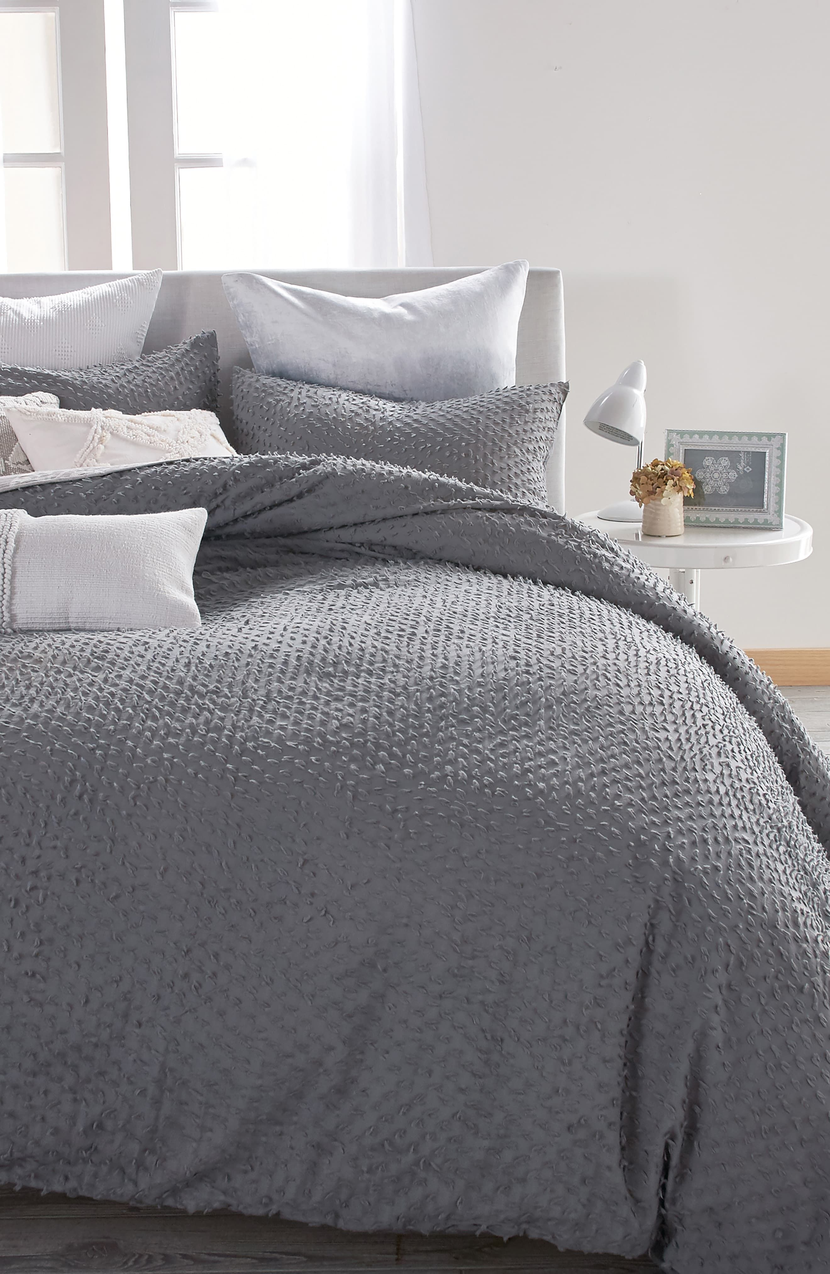 What Is A Duvet Duvet Vs Comforter Pros And Cons Of Comforters And Duvets