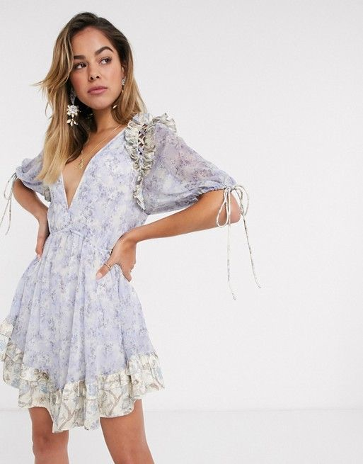 31 Summer Wedding Guest Dresses For 2020 Wedding guest dresses appropriate for any ceremony. floral printed mini dress