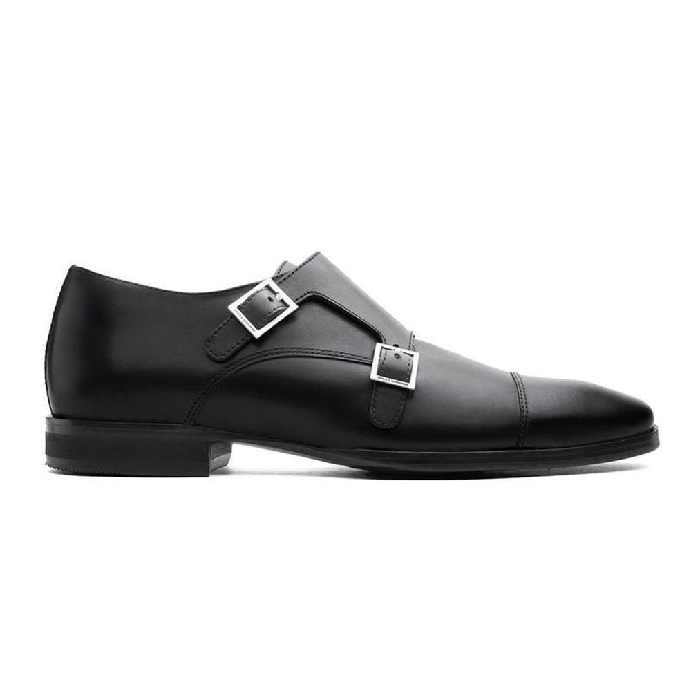 black dressing shoes