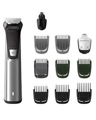 Series 7000 11-in-1 multi grooming kit