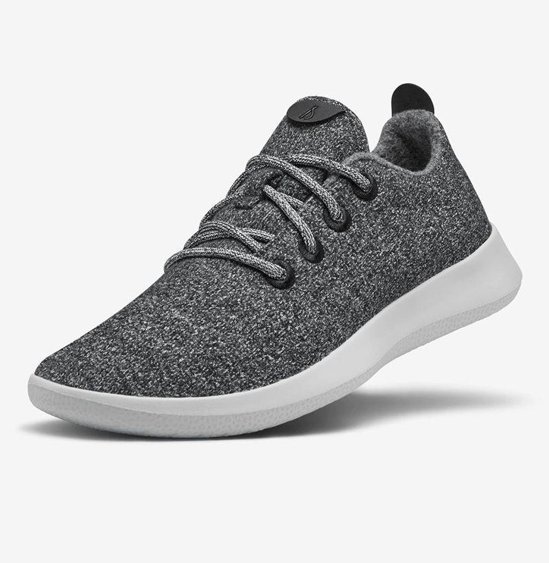 mens lightweight sneakers for walking