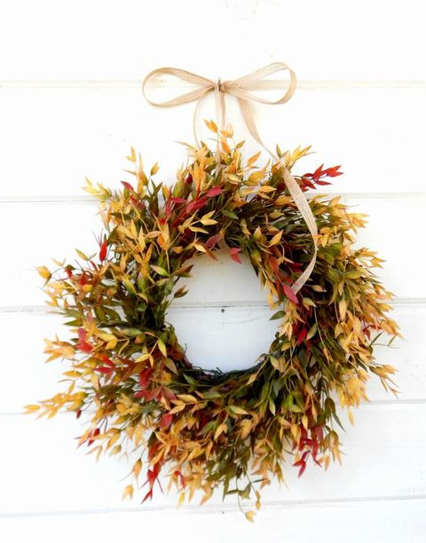 31 Stylish Fall Wreaths - Door Decorations with Fall Color Palettes