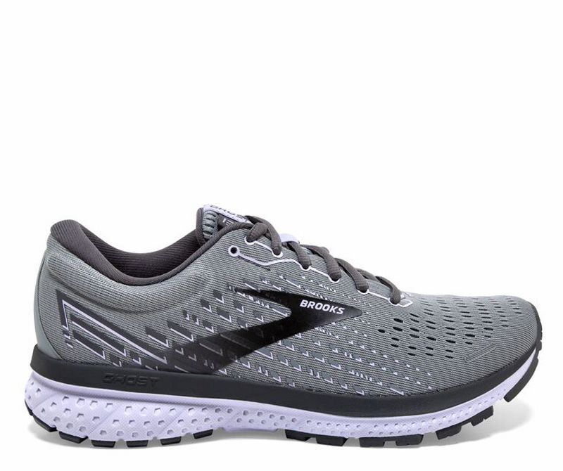 places to get running shoes